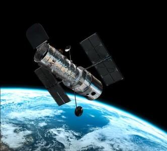Hubbleův vesmírný dalekohled na oběžné dráze Země